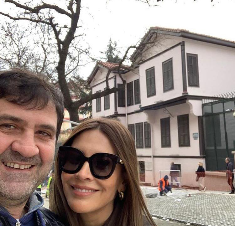 Güzeliş çifti Yunanistan'da