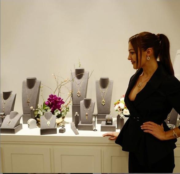 Atasay'dan Doha da mağaza açtı